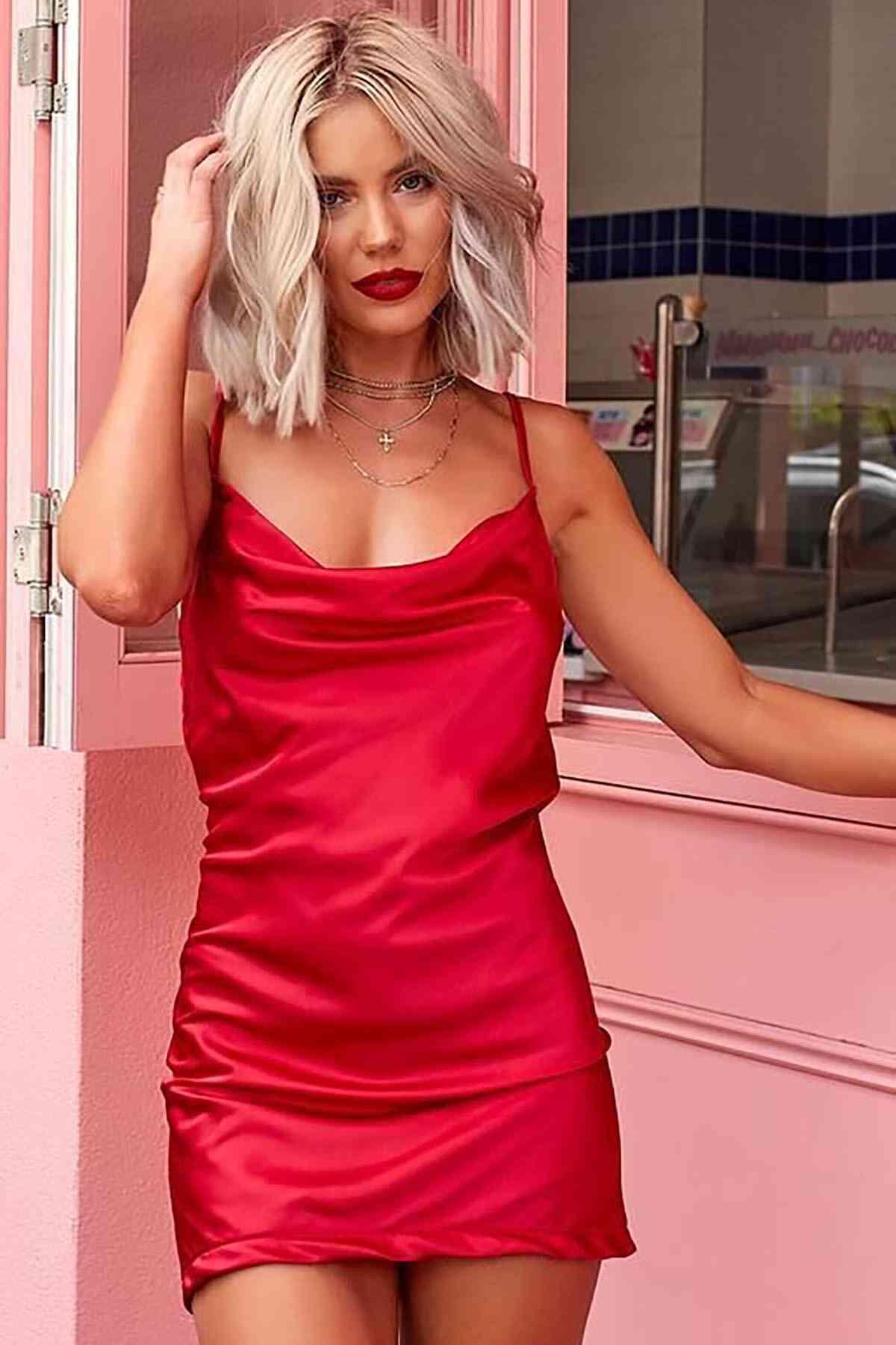 Merry See Gögüs Degajeli Saten Elbise Kırmızı