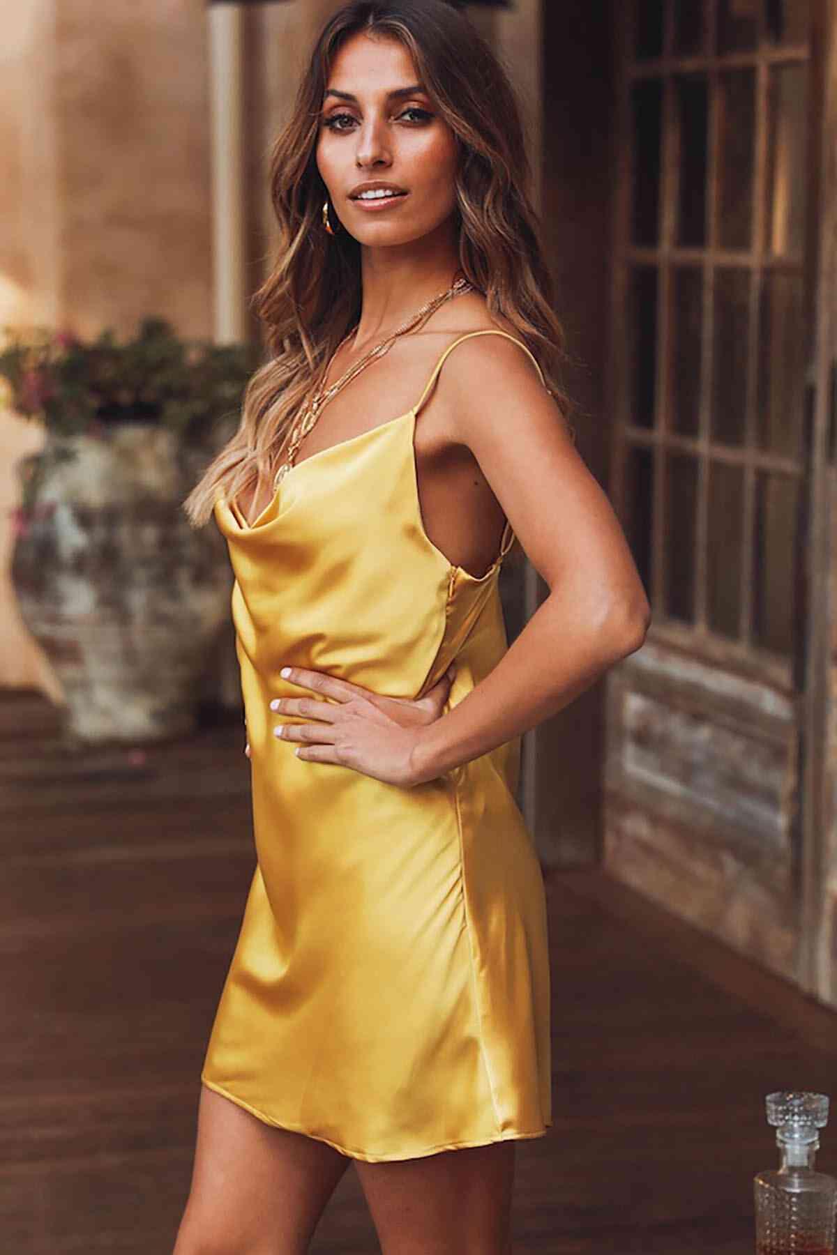 Merry See Gögüs Degajeli Saten Elbise Sarı